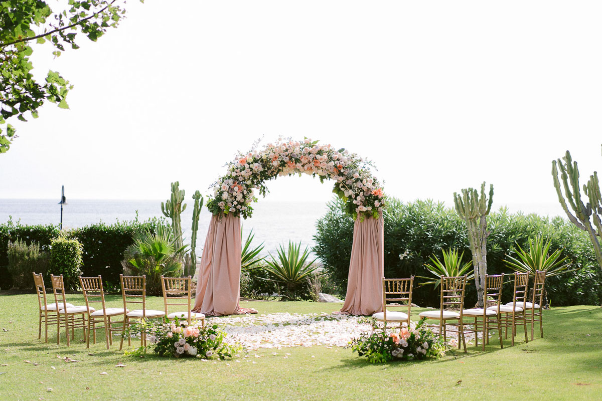 Wedding Decor and flowers Tikitano Beach Marbella